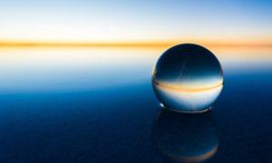 水平線と水晶