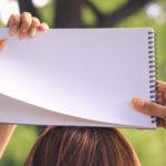 自分ノートのススメ。頭の中が思考でいっぱいになっているのなら、ノートに書き出してスッキリさせよう