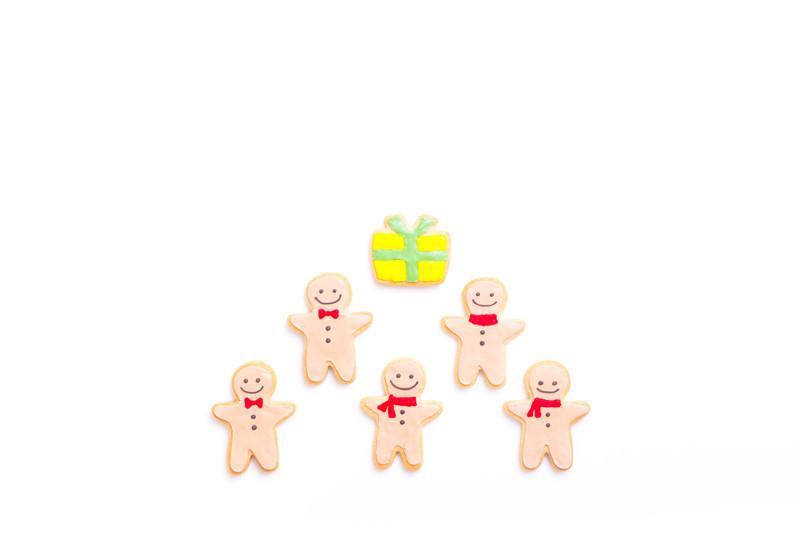 女の子の出産祝いはどんなものが喜ばれる?クーナセレクトでおしゃれなスタイを発見